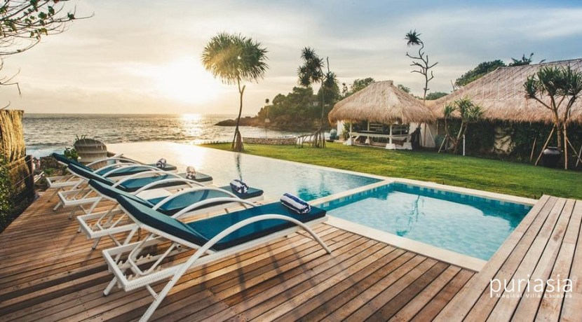 The Beach Shack Villa - Pool and View