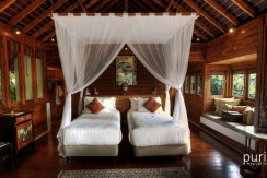 Des Indes Villa One - Twin Room Desing at Pavillion