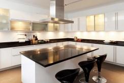 Villa Sapna - Modern kitchen design