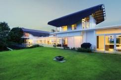 Villa Sapna - Lush Tropical Garden