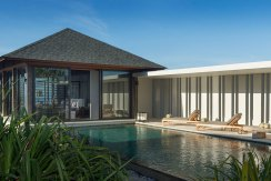 09-Sohamsa-Estate---Villa-Hamsa---Pool-area