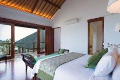 10.-Pandawa-Cliff-Estate---Villa-Marie---Upstairs-king-bedroom