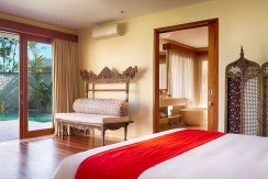 10.-Pandawa-Cliff-Estate---Villa-Markisa---Honeymoon-suite-decor