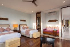 12.-Pandawa-Cliff-Estate---Villa-Marie---Downstairs-twin-bedroom