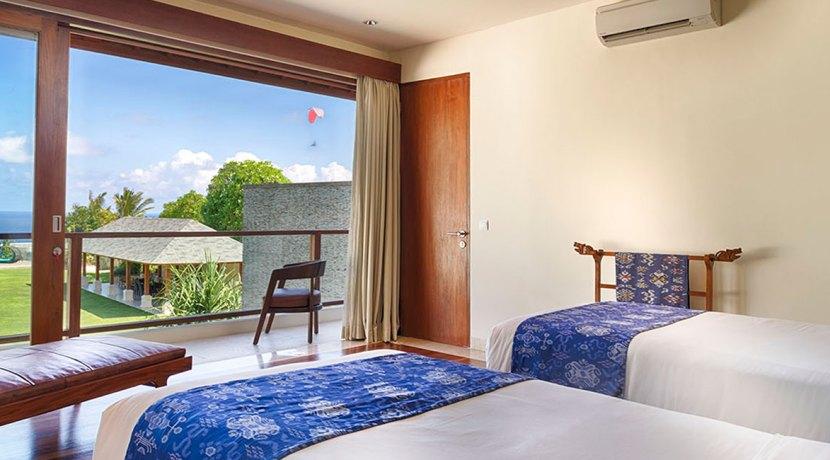 12.-Pandawa-Cliff-Estate---Villa-Markisa---Guest-twin-bedroom