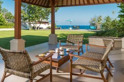 15.-Pandawa-Cliff-Estate---Villa-Markisa---Open-garden-bale