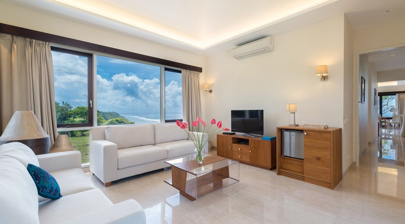 17.-Pandawa-Cliff-Estate---The-Pala---Master-bedroom-living-area