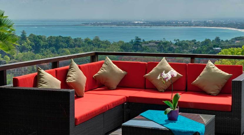 23-Villa-Aiko---Outdoor-sofa-with-view-to-Jimbaran-bay