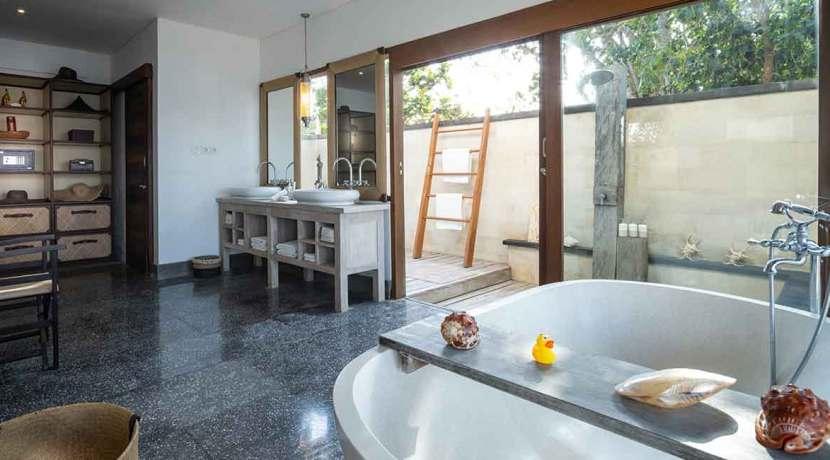 9.-Voyage---Garden-suite-ensuite-bathroom