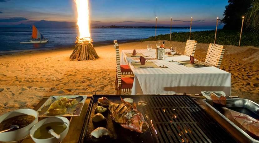 Villa-Sepoi-Sepoi---Amazing-BBQ-feast-on-the-beach