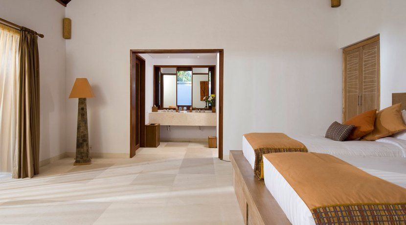 Villa-Sepoi-Sepoi---Hibiscus-Room-(trundle-beds)