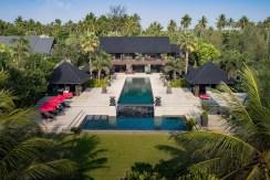 Villa Saanti - Six Bedrooms Villa in Phuket