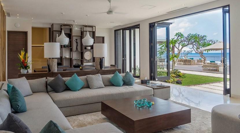 Villa Grand Cliff Nusa Dua - Cozy indoor living area