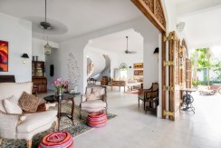 Meda Gedara Villa - Living and Dining