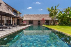 Villa Nehal - Luxury Five Bedrooms Villa in Umalas