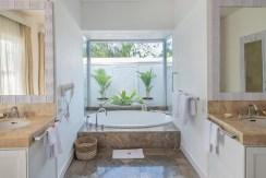Villa Puri Balangan - Luxury Bathroom