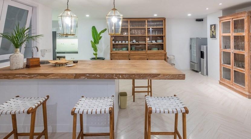 Villa Puri Balangan - Stylish Kitchen