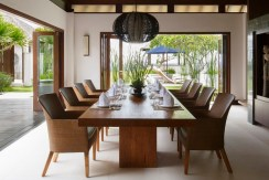 Nora Ocean Suite - Dining Room