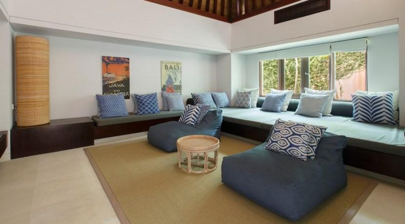 Nora Ocean Suite - Media Room