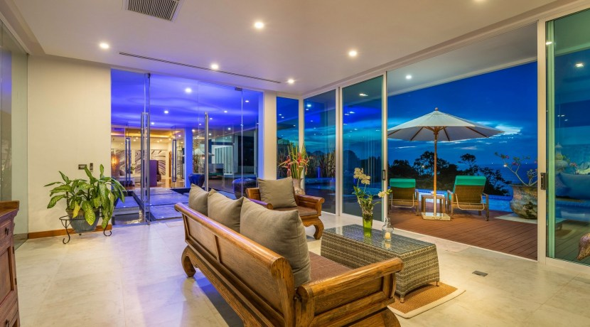 Villa Solaris - View from sitting area at night