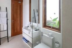 Villa Manju - Bathroom