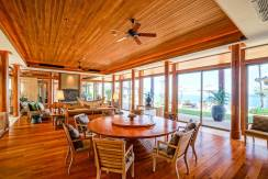 Villa Sawan - Dining And Living Area