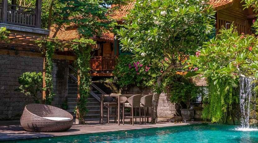 Kapungkur-Villa-Jimbaran---VIEW-FROM-THE-POOL