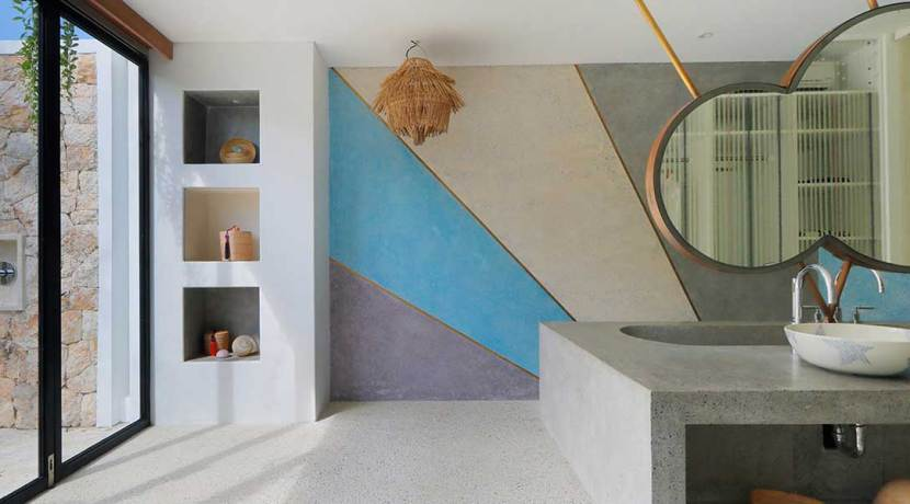 31.-Villa-Seascape---Downstairs-double-suite-bathroom-features