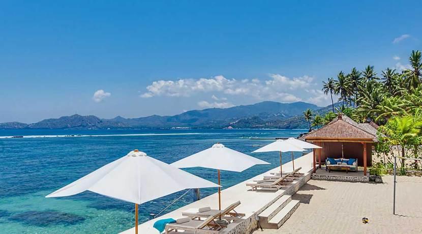 7.-Villa-Tirta-Nila---Private-beach-and-ocean-deck