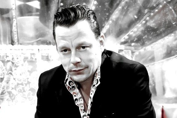 The Voice of Contemporary Blues Ian Siegal treedt op in P3 Purmerend