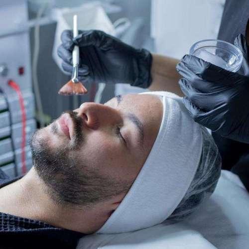 CBD Cannabidiol, el nuevo «oro verde» de los tratamientos cosméticos