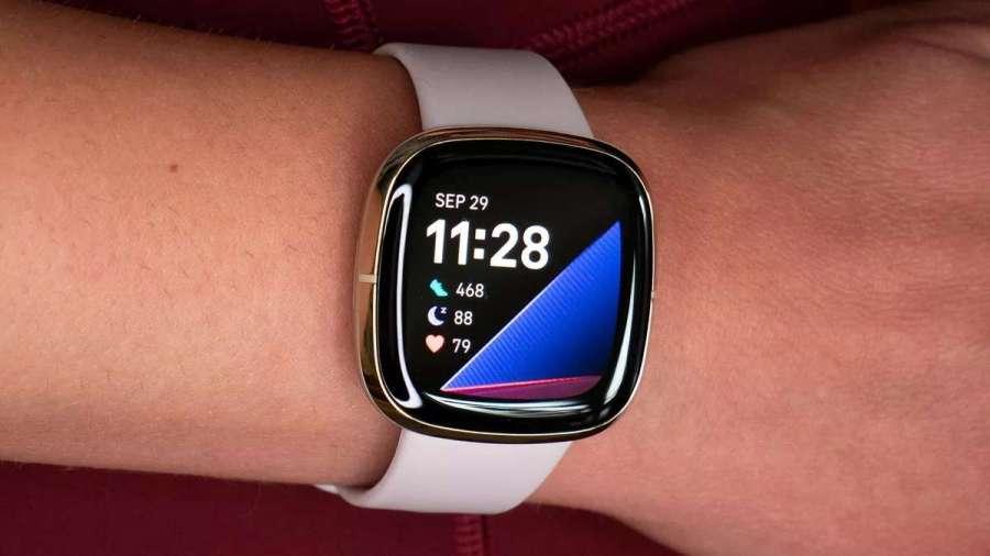 Fitbit Versa 3 y Sense: los nuevos smartwatches llegan con el Asistente de Google integrado