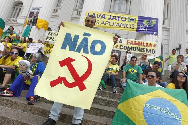 Manifesto anti-Dilma-AM (21)-1602