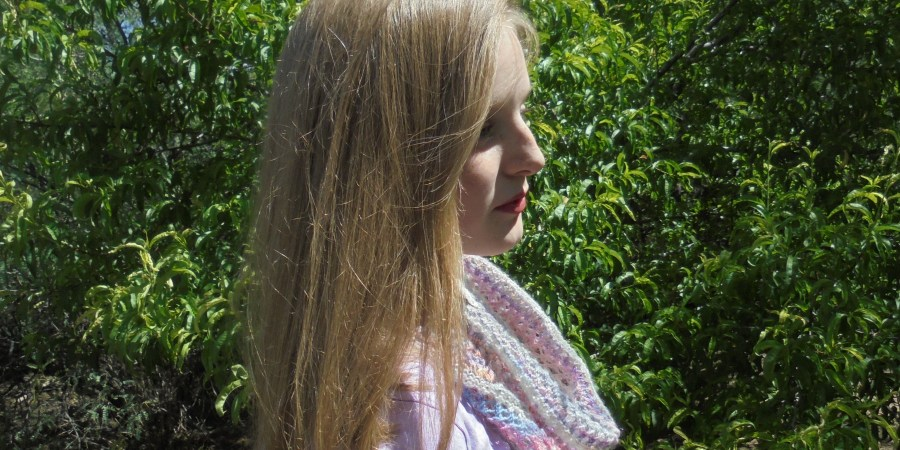 Jane Austen Lace Summer Cowl Knitting Pattern – Purple Lamb Fiber Arts