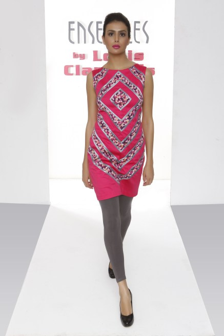 Ensembles Sleeveless Dress with Diamond Details in Pink P1995