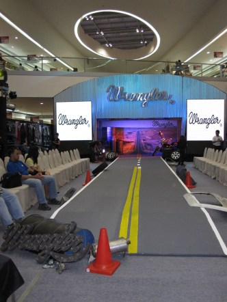 Wrangler Fall Winter 2010 Collection Fashion Show
