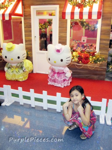 Hello Kitty Holidays - SM North City EDSA