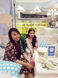 Vanilla Cupcake Bakery Date