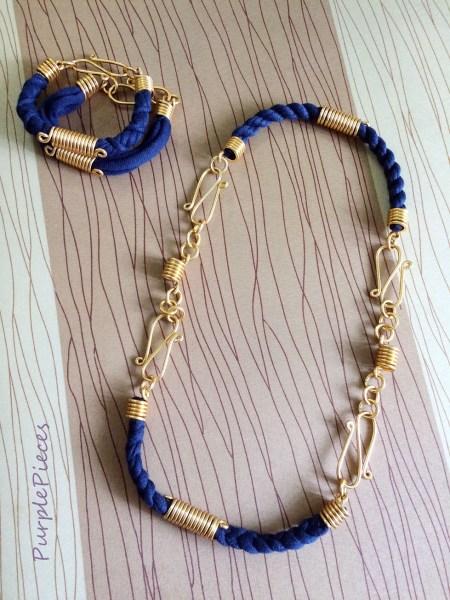 Bend Accessories Short Necklace and Bracelet