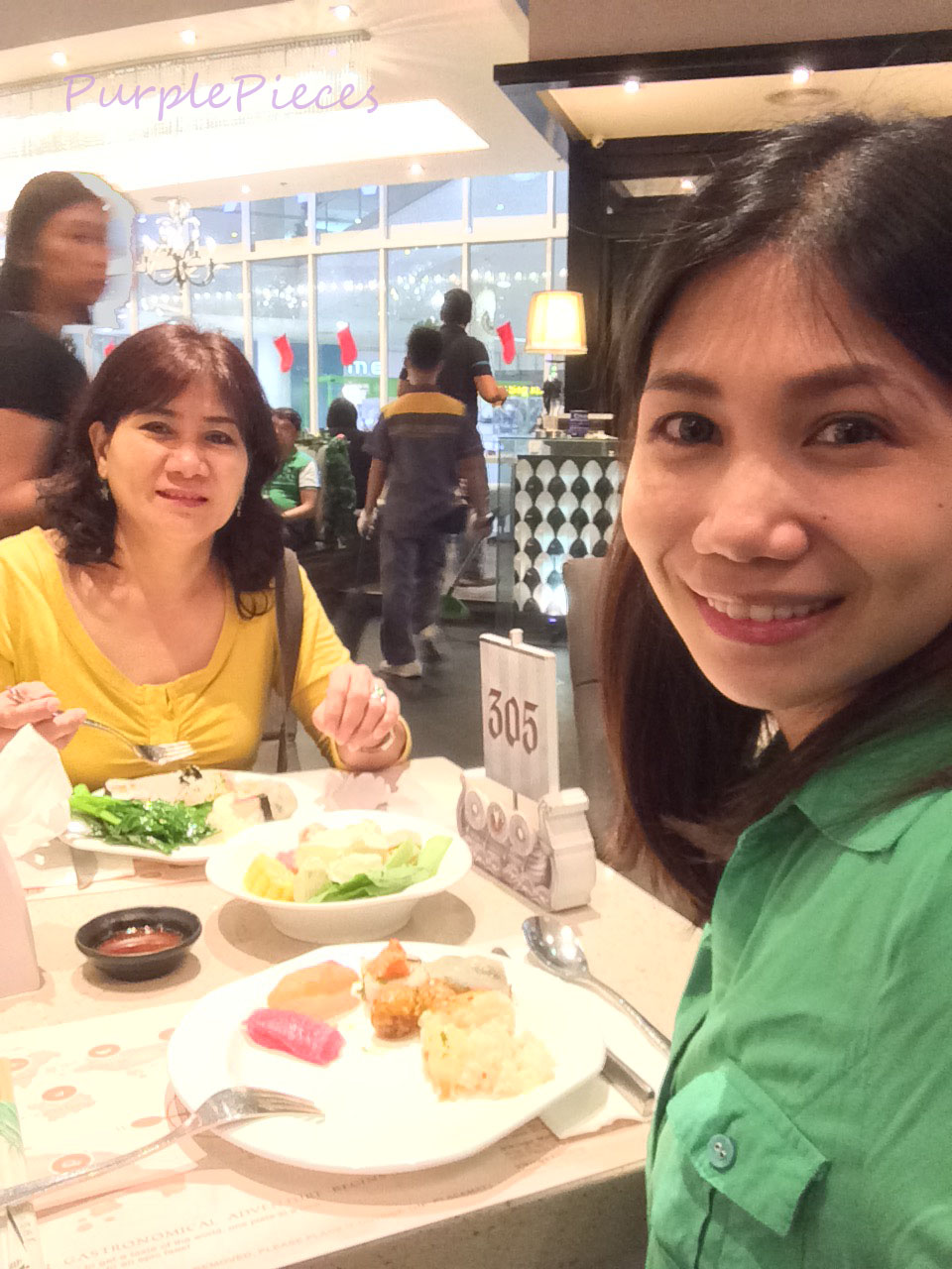 vikings-buffet-dinner-with-my-mom