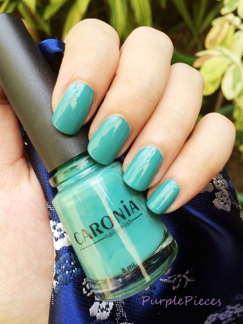 Caronia On-The-Go - Green Nail Polish