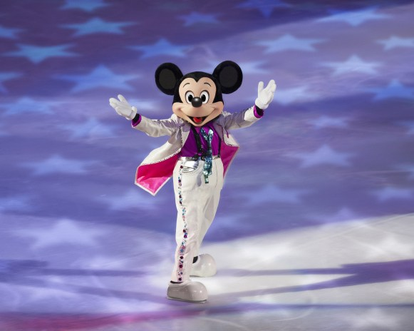 Disney on Ice Magical Ice Festival - Mickey