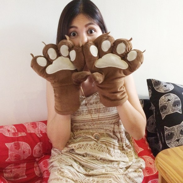 Miao Cat Cafe Cat Paws