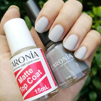 Caronia-Matte-Top-Coat-Day-Off
