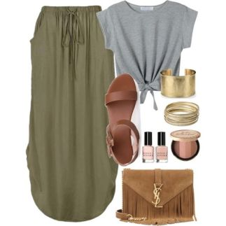 Moss Green Skirt - Travel Outfit