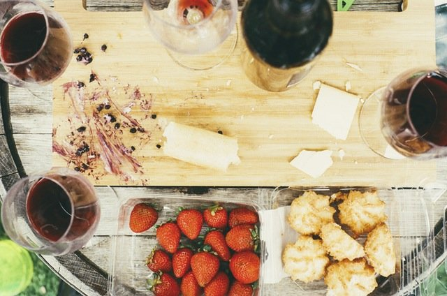 experiencing hygge food