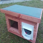 Large Outdoor Cat Shelter with SureFlap