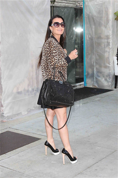 Kyle Richards Heads To Lunch While Toting Valentino  PurseBlog