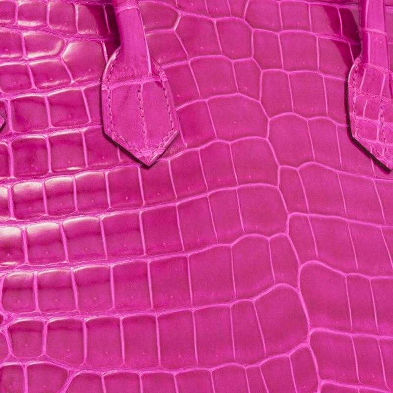 Hermes-Shiny-Porosus-Crocodile-Swatch-Closeup