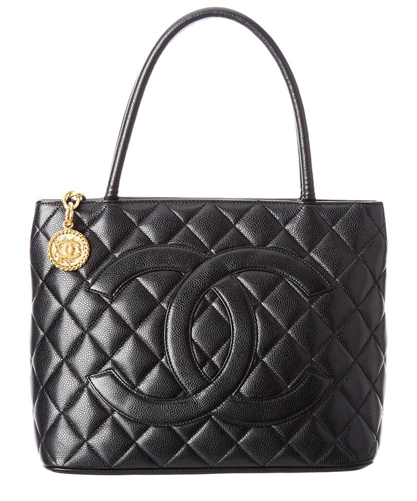 Chanel Medallion Tote - De ultieme handleiding voor het kopen van Chanel Tassen Online